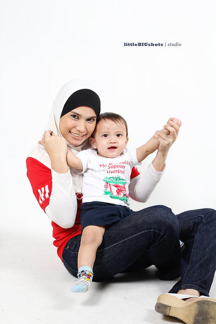 You'll Never Walk Alone | Family Studio Photographer Malaysia