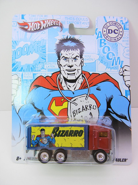 HOT WHEELS NOSTALGIA DC COMICS BIZARRO HIWAY HAULER (1)