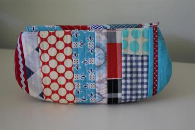 Scrappy swap pouch back