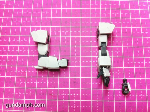 1 144 HG Gundam AGE-1 Normal Review OOB Build  (25)