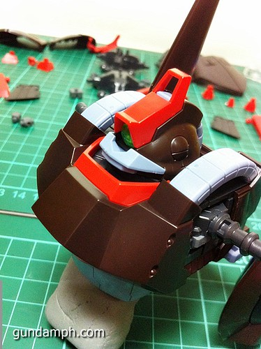 MG Rick Dias Quattro Custom RED Review OOB Build (26)