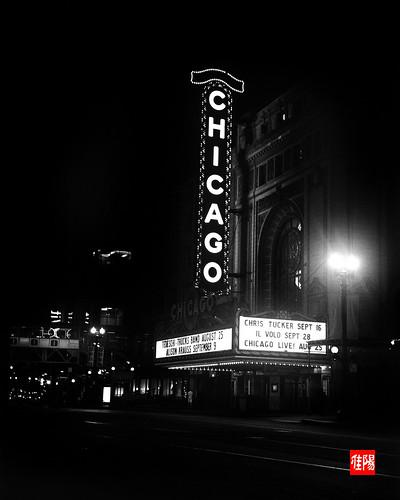ZecaBettax CHI HP5+3200 ChicagoTheater_Night01B