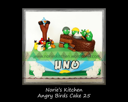 Norie's Kitchen - Angry Birds Cake 25 by Norie's Kitchen
