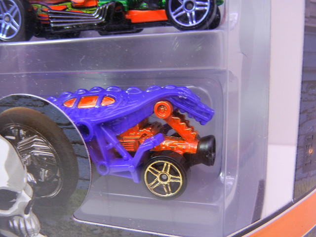 2011 hot wheels halloween 5 pack (4)