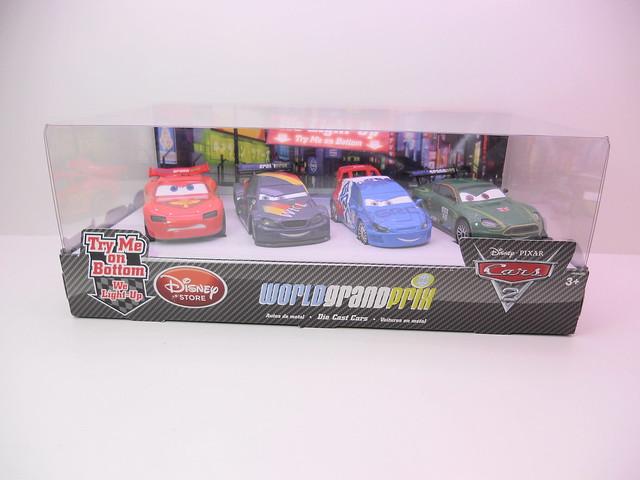 dinsey cars 2 disney store light up racers lightning max raoul nigel (1)