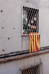 Le drapeau Catalan - Nous sommes en Catalogne !