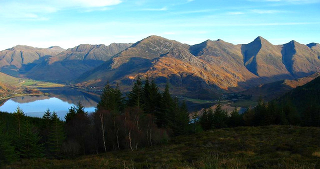Mam Ratagan looking to the Five Sisters of Kintail