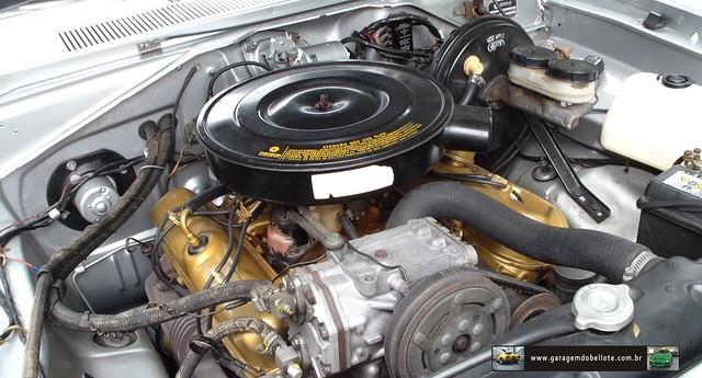 318 V8