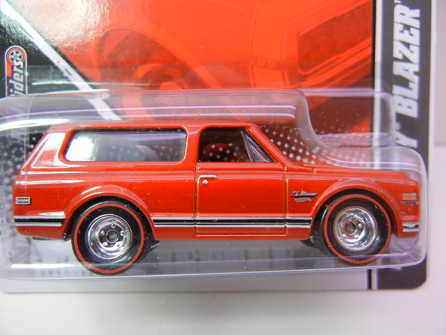 hot wheels garage '70 blazer (4)