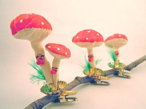 Spun cotton mushroom clip ornaments