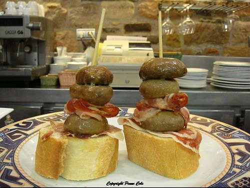 Pintxos: Mushroom tower