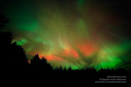 Aurora borealis shs_n3_087174 by Stefnisson