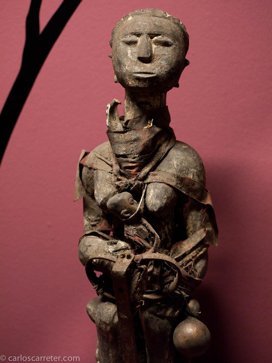Figura tradicional materna