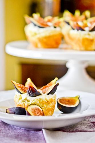Fig Tarts With Mascarpone and Honey