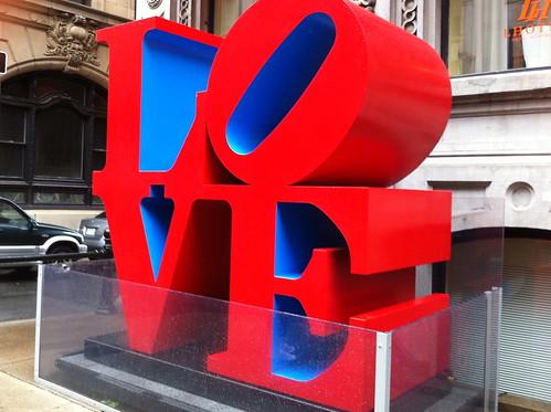 Love (Lhotel)