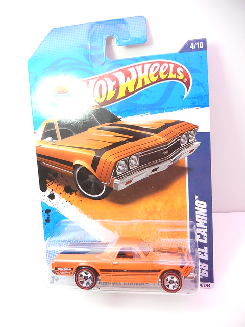 hot wheels '68 el camino orange (1)