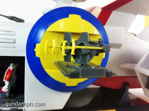 1 400 Gundam White Base Pre Owned (10)
