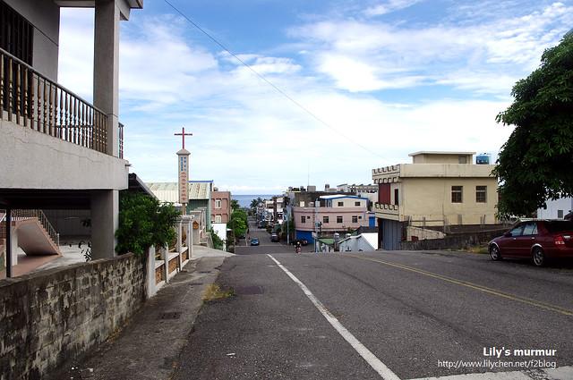 台東成功鎮街景之一,遠遠就可以看到廣闊的太平洋,感覺真好。