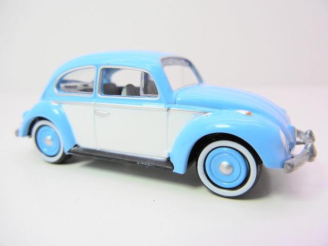 johnny lightning 2.0 1966 volkswagen beetle  (2)