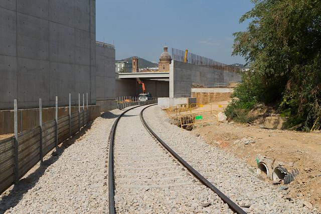 Via de servicio que entró en funcionamiento la semana pasada y que permite maniobrar a los trenes que entran en talleres - Norte - 14-09-11