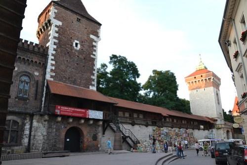 Muralla y Puerta Florianska