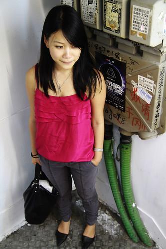 Fuchsia top & gray skinny jeans
