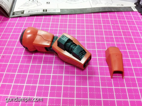 MG Char Aznable's Gelgoog (29)