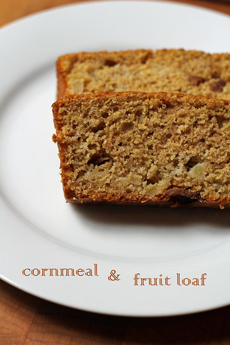 cornmeal and fruit loaf