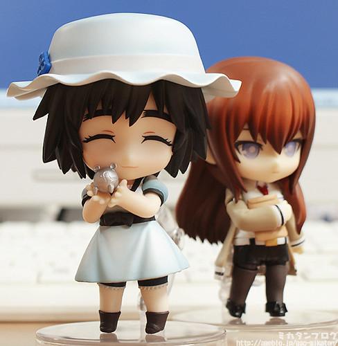 Nendoroid Shiina Mayuri (Mayushii) with her Metal Oopa
