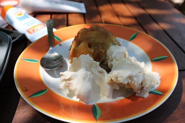 Petits Tatins à la Rhubarbe, Glace à la Vanille