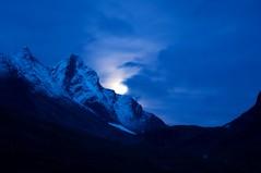 Hurrungane Moonshine by Erik Eskedal