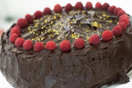 Tort cu ciocolata si crema de zmeura (2 of 2)