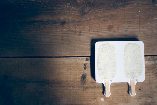 helado naranja y semillas de amapola
