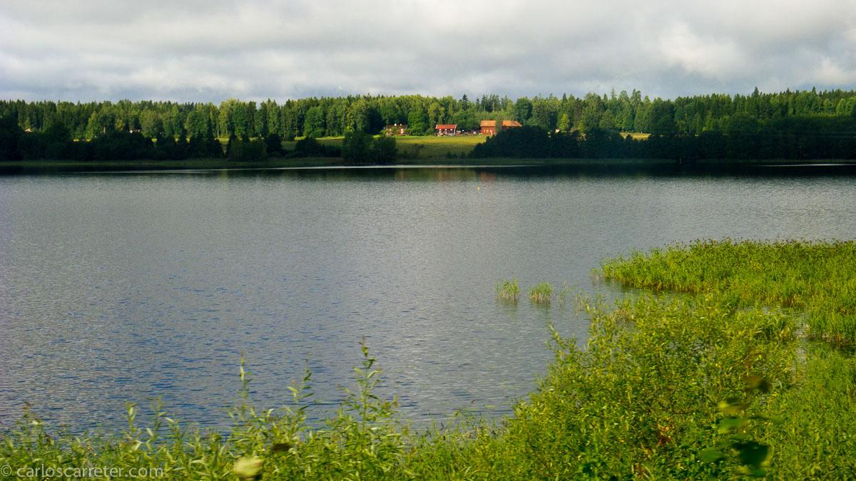 Lago (entre Estocolmo y Gotemburgo)