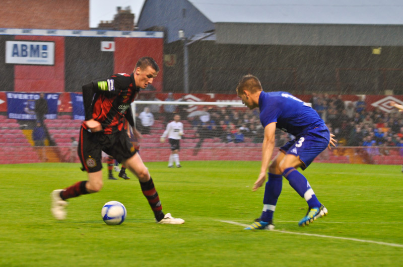 Flood in action against the Toffees (c. ExtraTimePhotos)