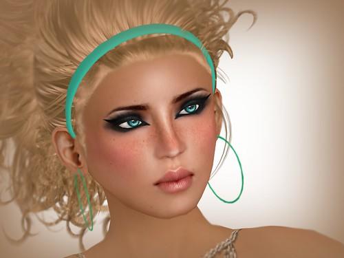 Gala Blue Eyes 2