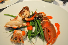 Lobster, banyuls, butter, cocoa, roe, green beans