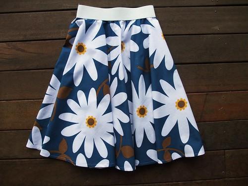 Daisies Circle Skirt 2