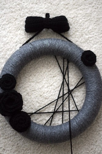 95.365 :: halloween wreath!