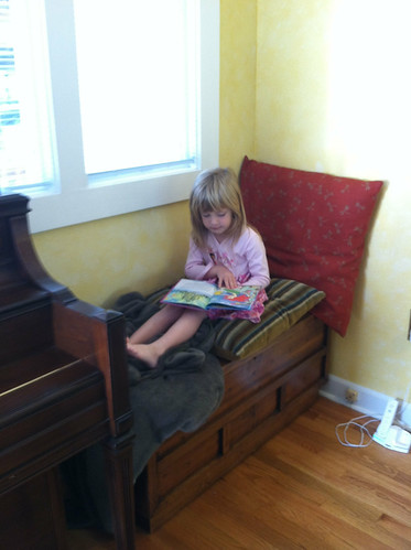 reading nook (after)