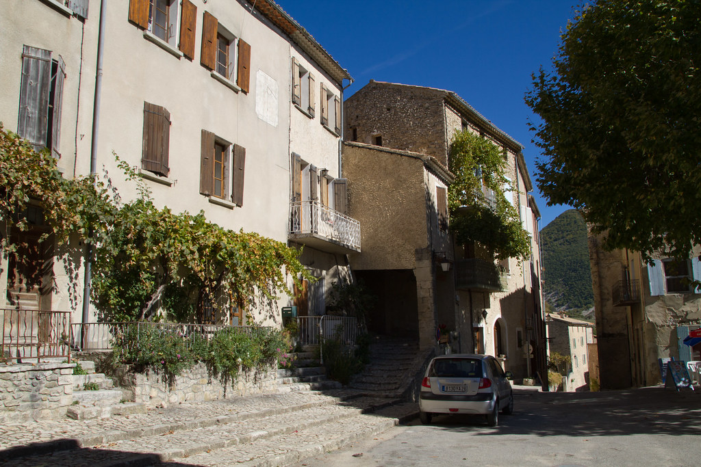 Montbrun-les-Bains 20111012-IMG_3173