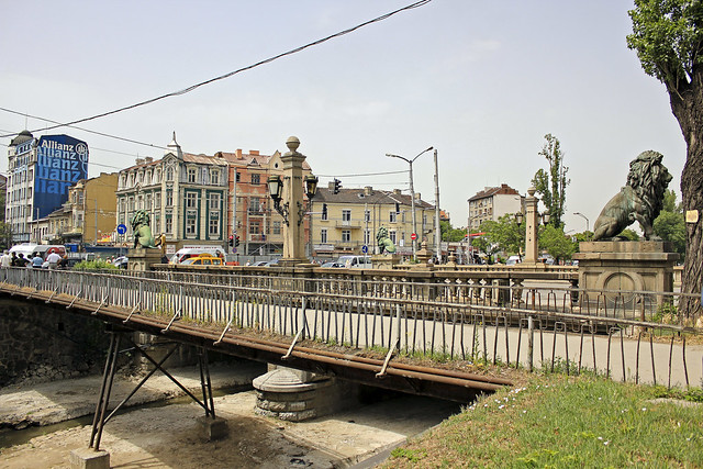 the four lion bridge