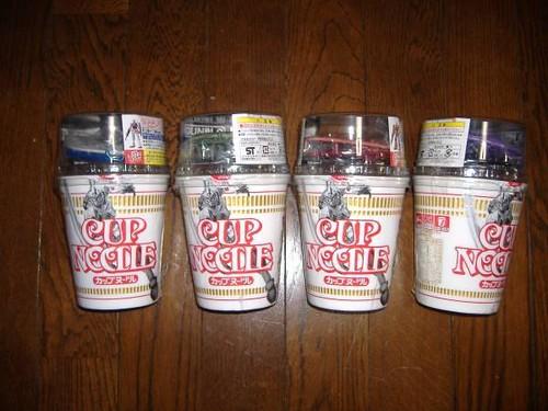 nissin cup noodles GUNDAM kits 2010