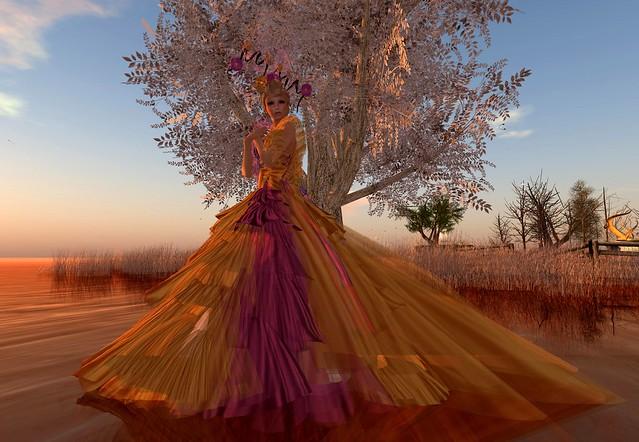 Fabulous Fellini Couture