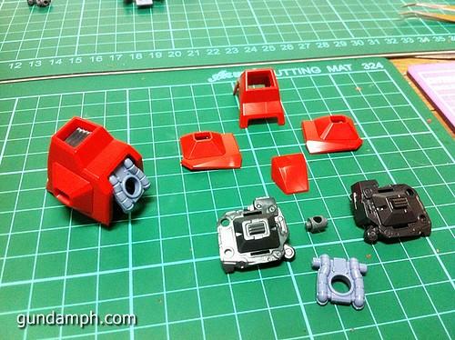 MG Rick Dias Quattro Custom RED Review OOB Build (27)
