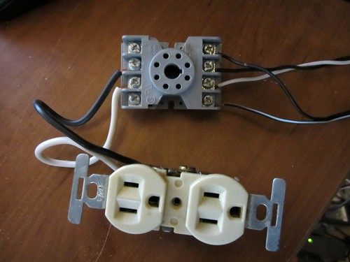 relay wiring (Medium)