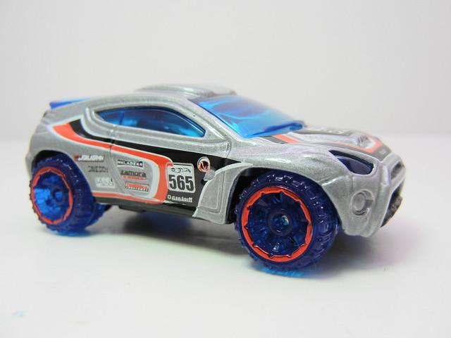 2011 hot wheels mystery cars blind pack (7)
