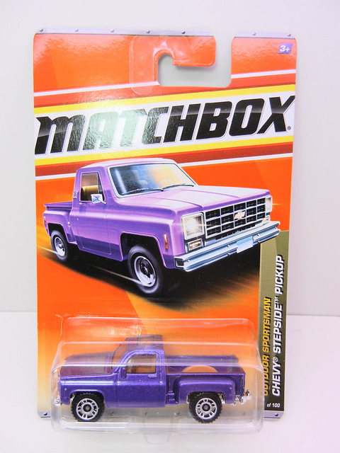 matchbox chevy stepside pickup purple (1)