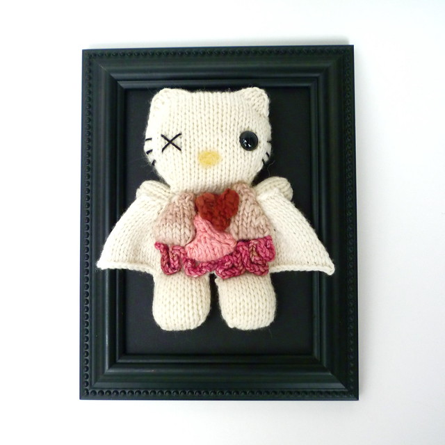 Knitted Hello Kitty Dissection