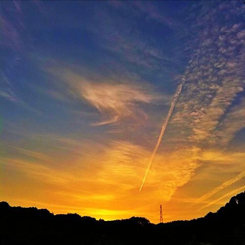 夕暮れーーー! 今日も一日、お疲れ様でした。#sunset #iphonography #instagram